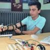 """Polislerin güvenliği için """"robot kol"""" geliştirdi"""